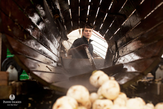 washing_white_turnips_kilpatrick_family_farm_crew_photography by sarah parisi for this beautiful life