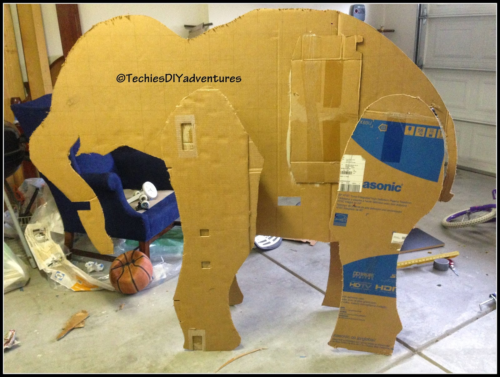 Tutorial on how to make paper mache elephant almost life for Making paper mache animals