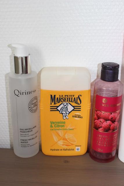 Eau micellaire Qiriness Gel douche Yves Rocher fruits rouge Le Petit Marseillais Verveine citron