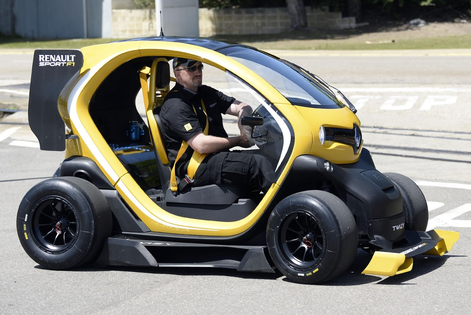 Renault Twizy Rs F1 Concept 2013 Hottest Car Wallpapers