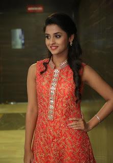 Actress Arthana Latest Stills 7.jpg