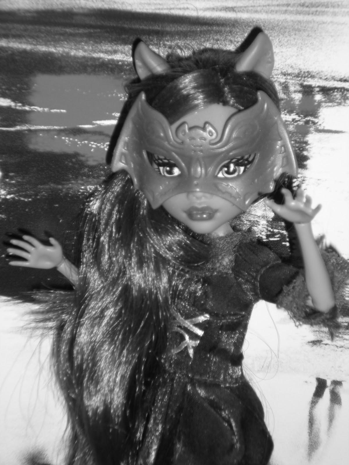 Mattelin Monster High - Sivu 8 DSCN3423