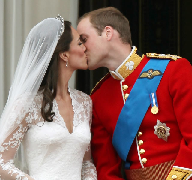 kate and william kissing. kate middleton william kiss.