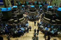 Hall pic for rating stocks