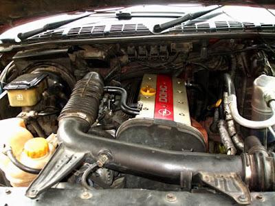 Foto dan Gambar Mesin Opel Blazer DOHC