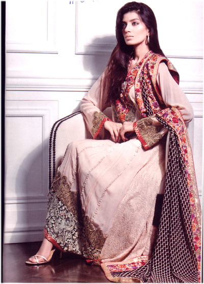 Fashion Dresses Pakistani