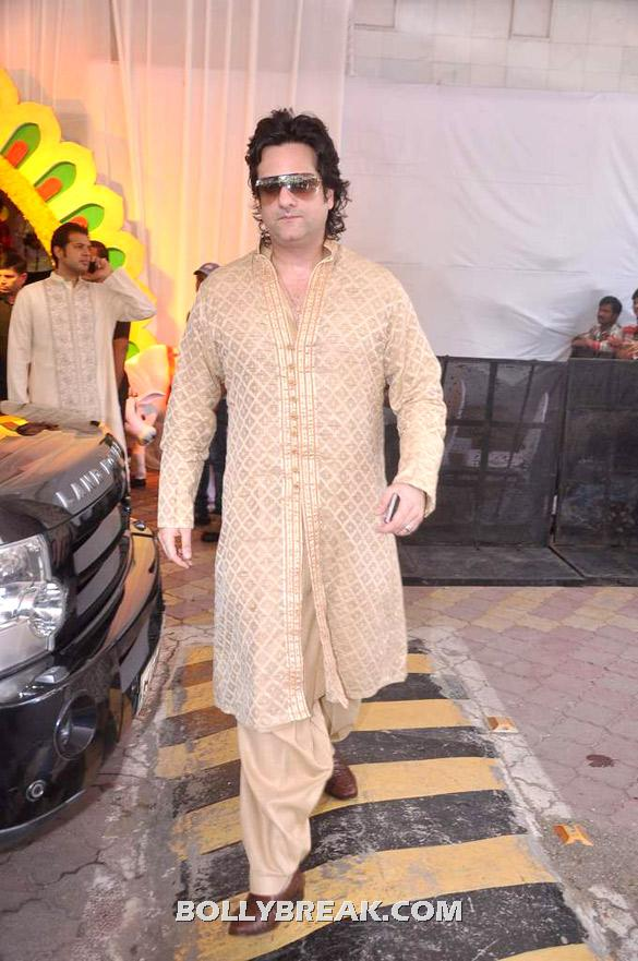 Fardeen Khan - (12) - Esha Deol Wedding Pics 2012 - Full Set