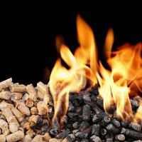 Burning pellets (Credit: c1cleantechnicacom.wpengine.netdna-cdn.com) Click to Enlarge.