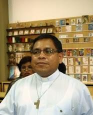 Padre del Colegio Bosco