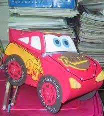 http://fofuchasevacia.blogspot.com.es/2011/09/molde-relampago-mcqueen-carros-para.html