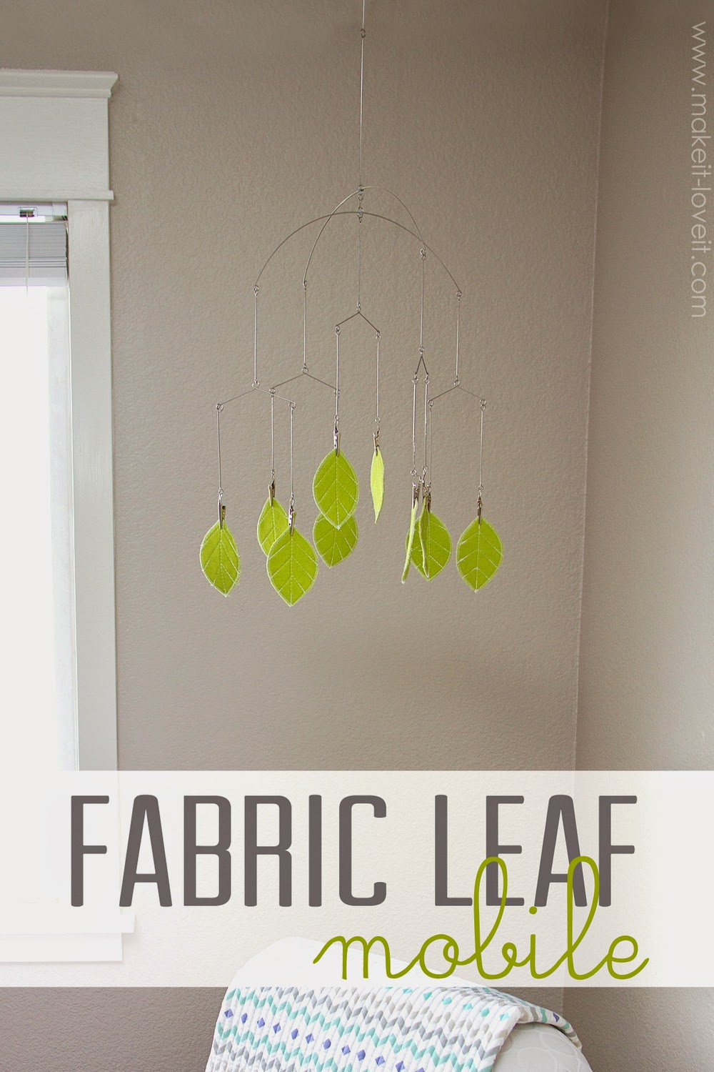 Tutorial for hanging fabric mobile