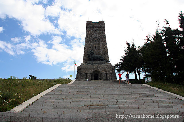 памятник-музей на Шипкинском перевале