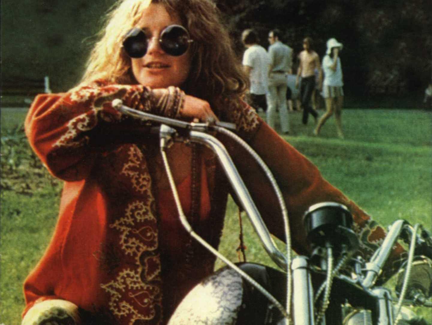 Shock claim Rocker Jim Morrison found ALIVE living as