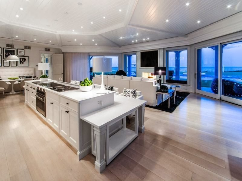 Kitchen in Custom built celebrity home for Celine Dion