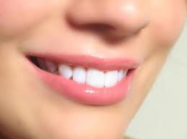 Cara Membuat Bibir Merah Alami Tanpa Lipstik