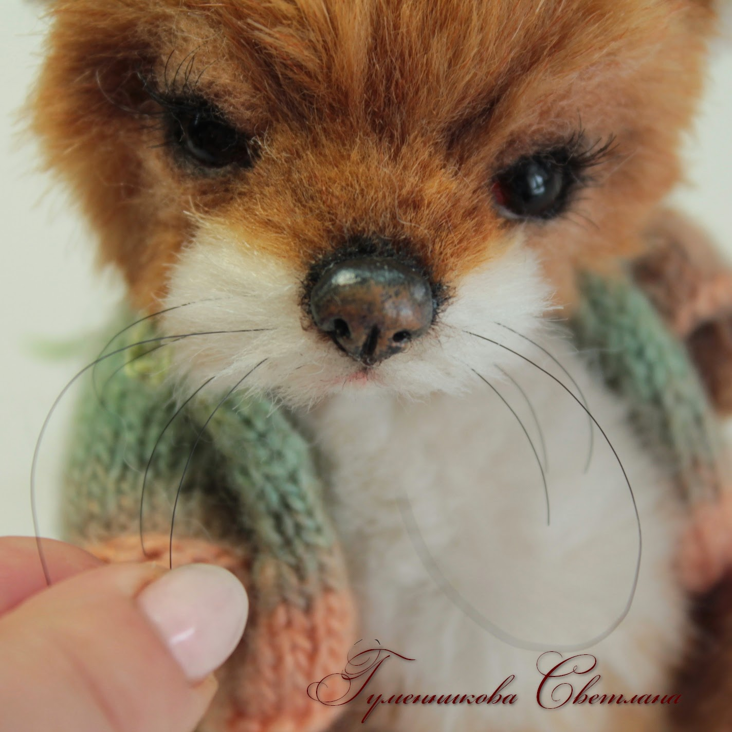 Как вставить усы игрушке