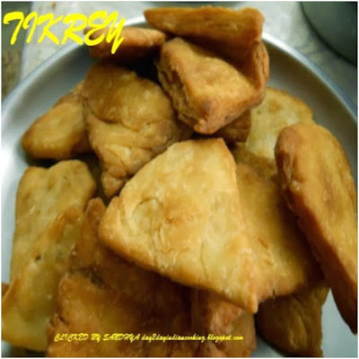 recipe of tikrey made with all purpose flour