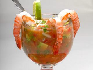 C mo hacer un coctel de camarones mis manitas creativas - Coctel de marisco ingredientes ...