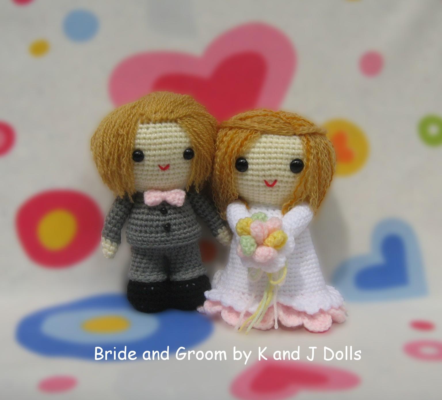 Crochet Pattern Amigurumi Dragon : Bride and Groom bunnies - Sayjai Amigurumi Crochet ...