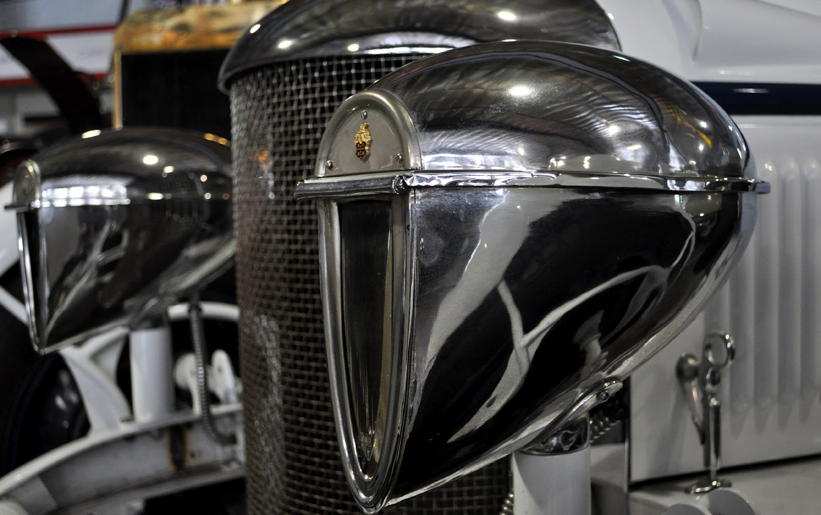 Antique Automobile Headlamps : Just a car guy wood lite headlites dim and useless but