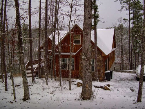 Another Group Choice Close To Greeru0027s Ferry Lake On Secluded Lake Moore Is  The Engedi Lake House, A Five Bedroom, Three And A Half Bath Log Cabin Out  In The ...