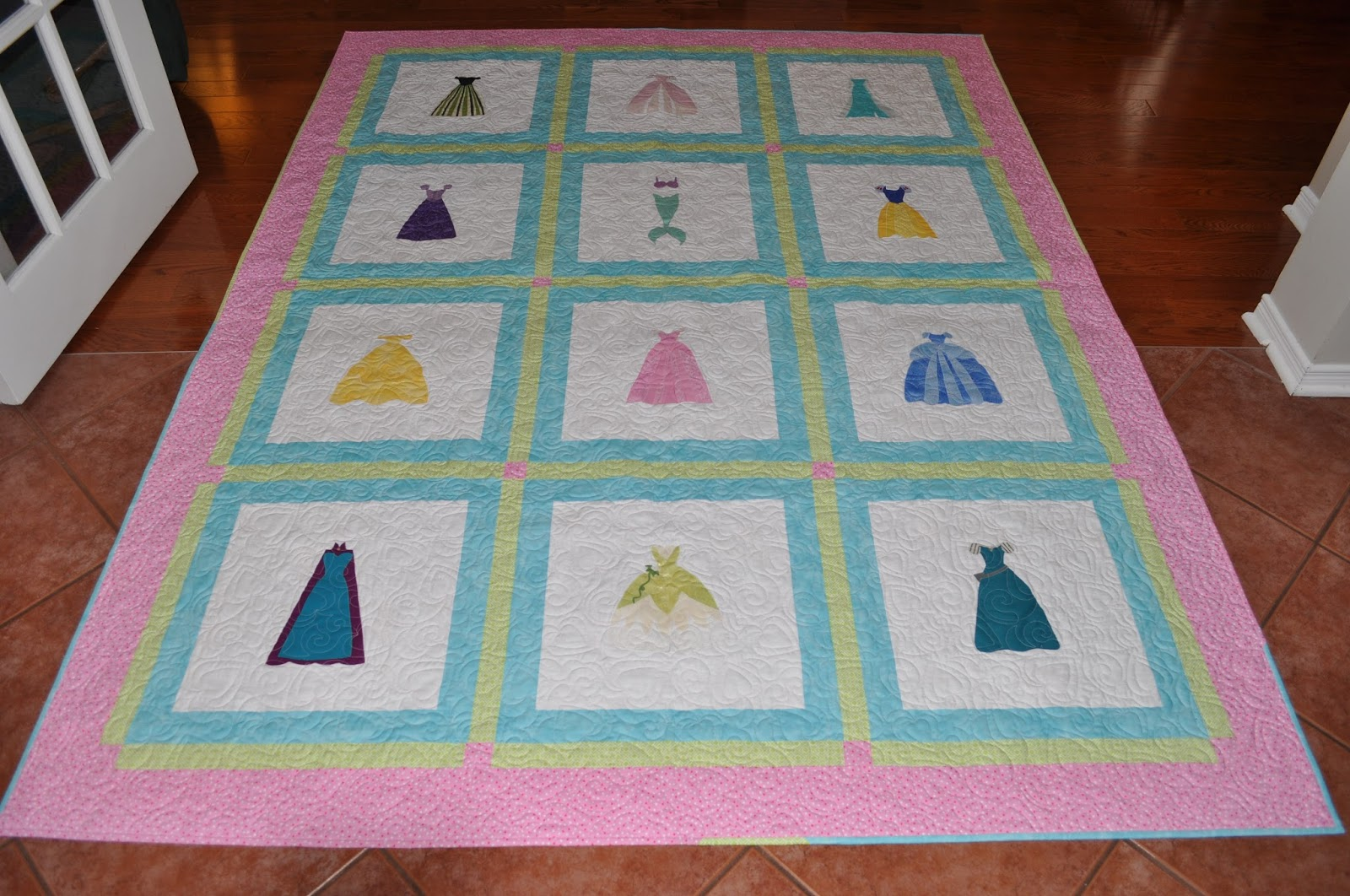 The Quilting Princess: Princess dresses : disney princess quilt - Adamdwight.com