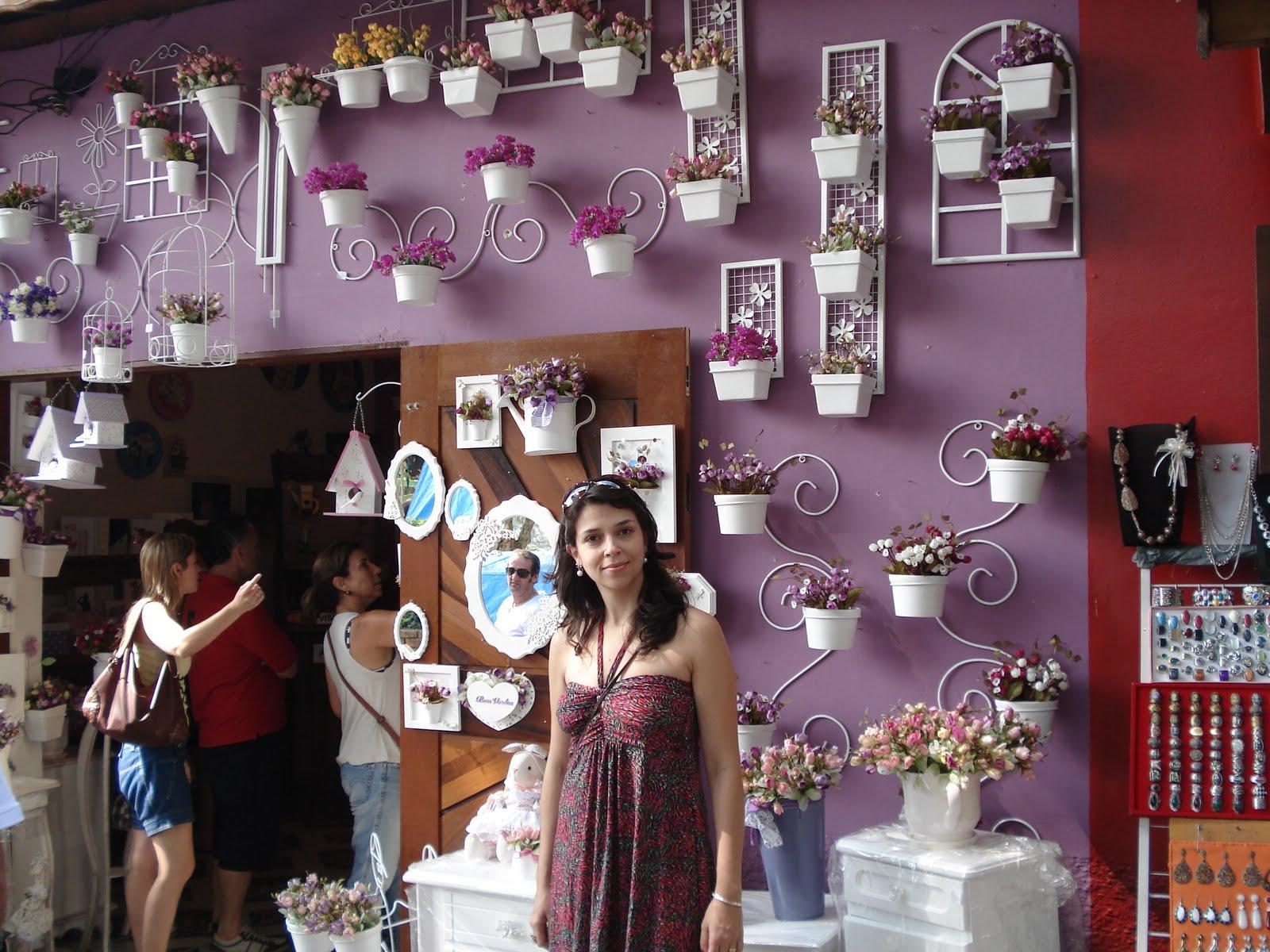de artesanato com móveis lindíssimos e objetos de decoração que #985733 1600x1200