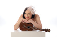 Naked Ukulele