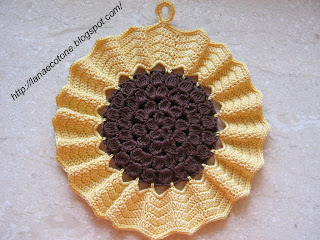 lana e cotone (maglia e uncinetto): presina girasole