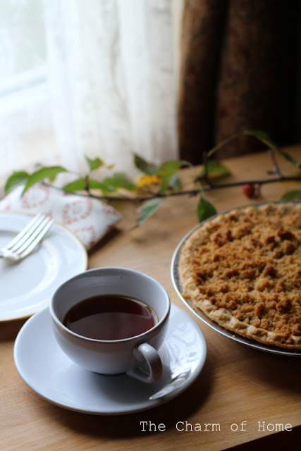 Pie Cooling in the Window: The Charm of Home