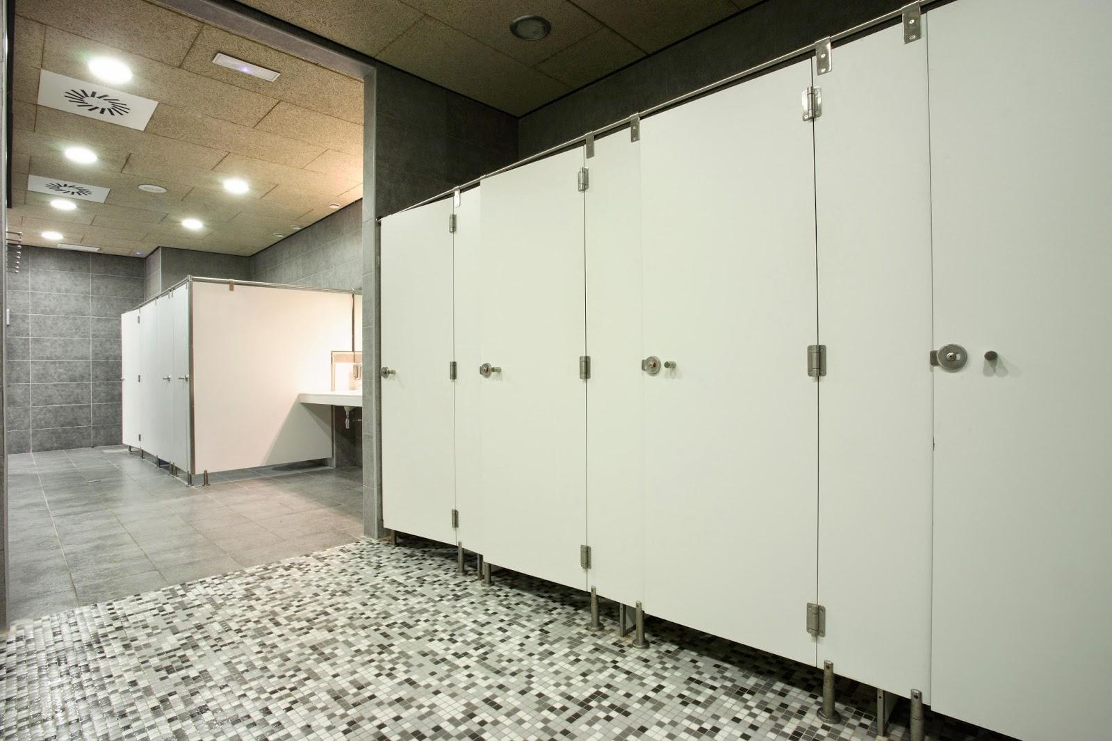 Cabinas fenolicas montaje de carpinteria eriste - Revestimientos de interiores ...
