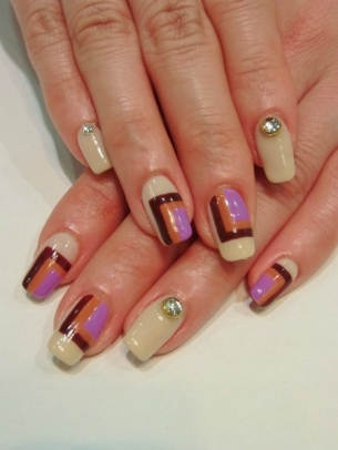 Chic-and-Easy-Fall-2012-Nail-Art-Designs-3