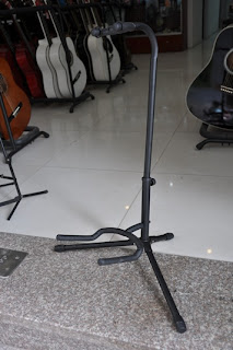 chan-guitar-don