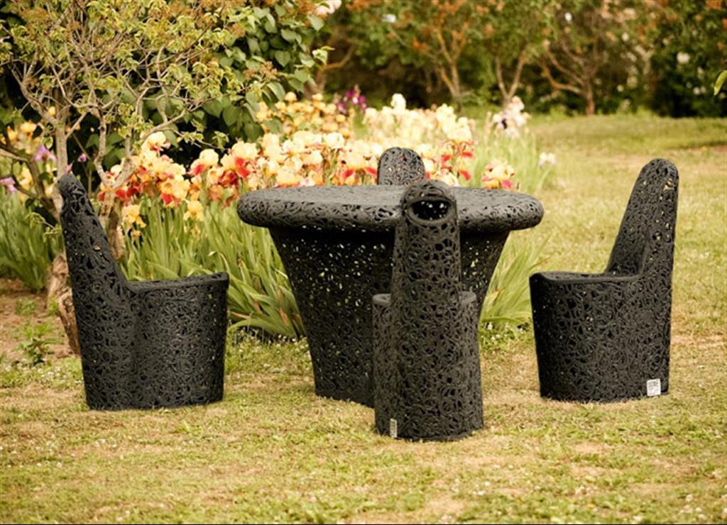 Garden Furniture Very modern garden furniture