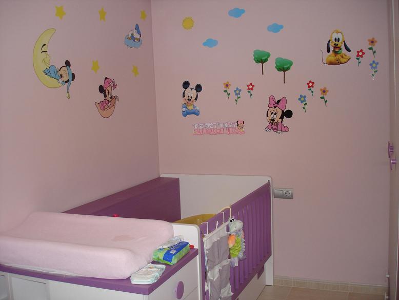 Pegatinas infantiles decorar las paredes de la habitacion for Pegatinas habitacion infantil