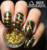 reggae christmas inspired glitter placement nail art