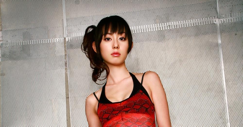 Rina Akiyama Nude Photos 96