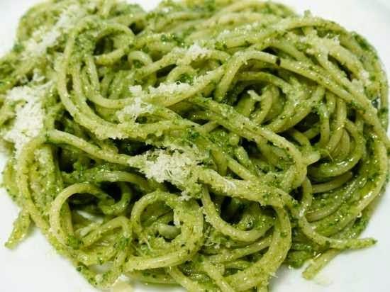 Receitas fáceis de fazer: macarrão alho e óleo simples