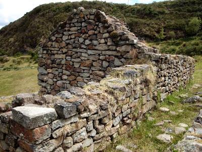 Ruinas de Cojitambo