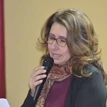 Biografia della poetessa Antonella La Frazia