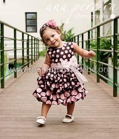 modelo de vestido balone marrom para crianças