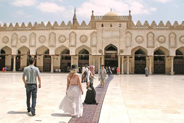 vestimenta_para_entrar_en_mezquitas_de_el_cairo