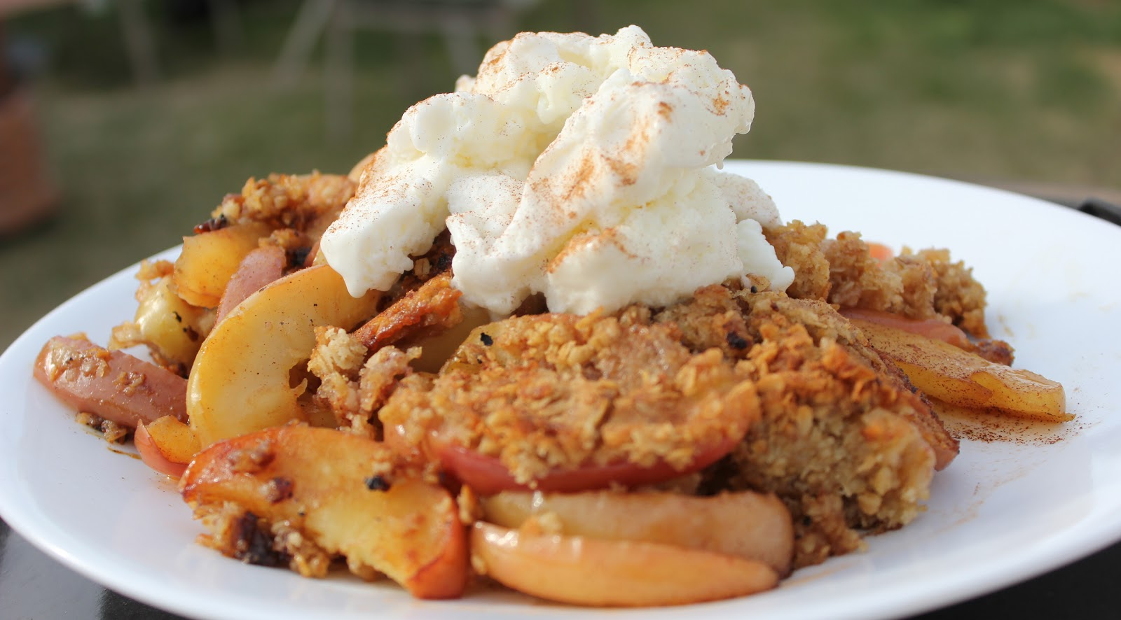 BBQ Apple Crisp - healthy camping snacks