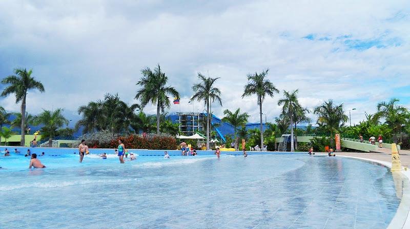 Arte cultura y turismo piscinas neiva for Hoteles cerca de piscinas naturales