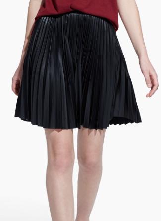 Rebajas SS 2015 fondo de armario falda plisada negra