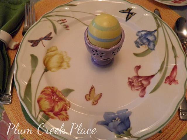 Epoch Summer Meadow dinner plate, Easter