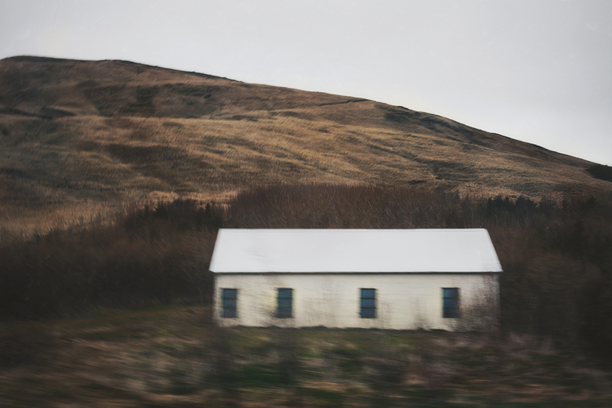 iceland lonely houses photography