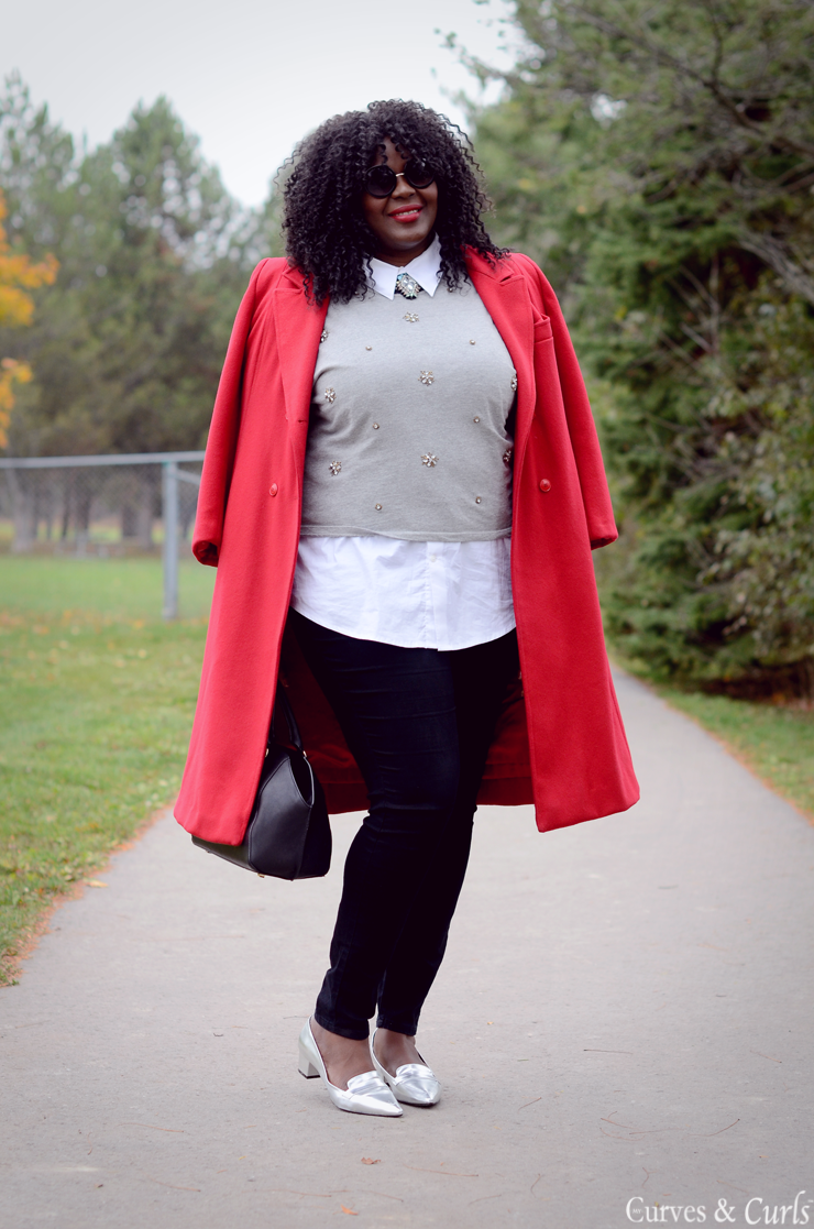 #mycurvesandcurls #redcoat #holiday look