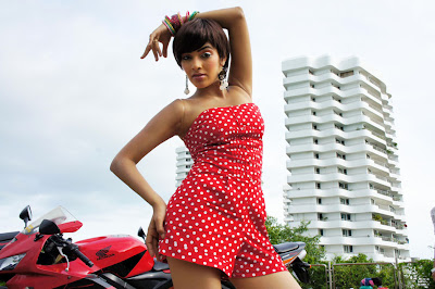 rishika , rishika from naku o lover undi hot images