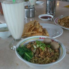 Wisata Kuliner Sentul City: Bakmi Golek